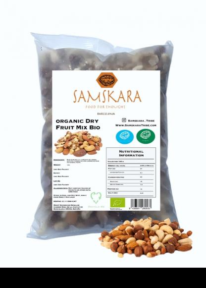 Nut Mix with Raisins